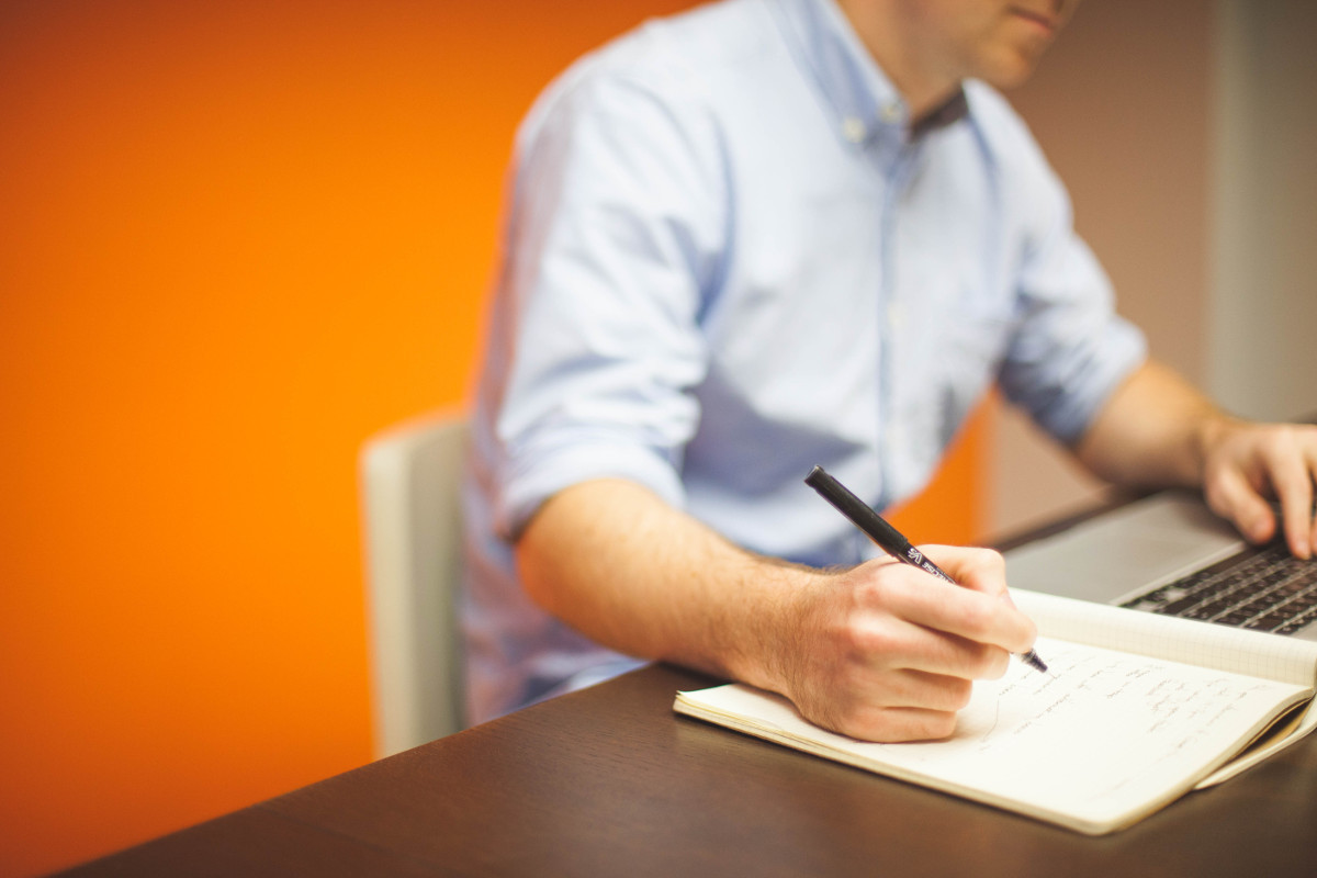 how to talk to an interviewer about the gaps in your resume